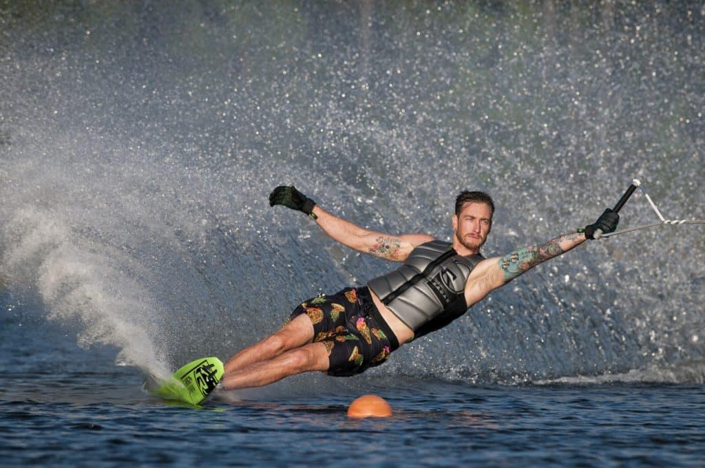 Slalom en esquí acuático con Radar