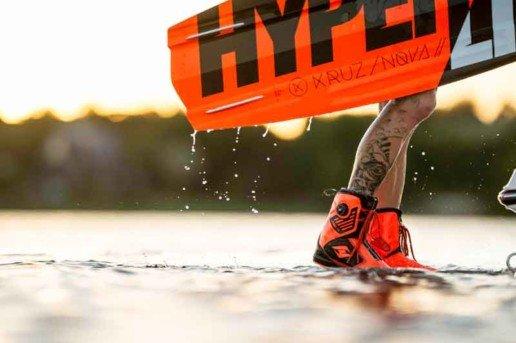 Equipo de wakeboard Hyperlite Kruz