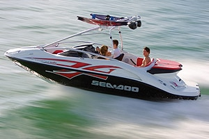 Jet boat para wakeboard