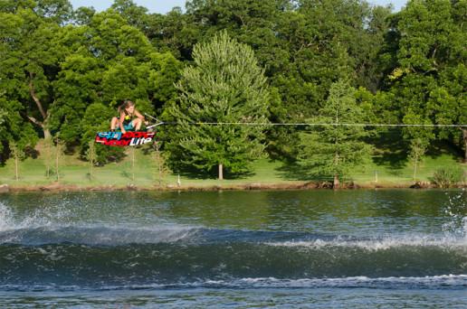 Salto con wakeboard
