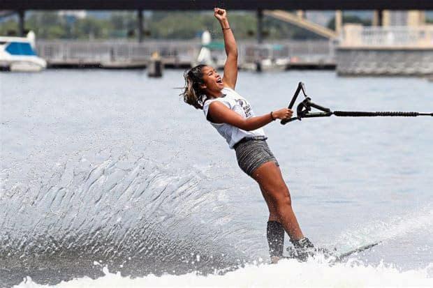 Puntuación de trucos en competición de wakeboard